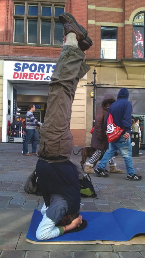 Stefan Nan headstand